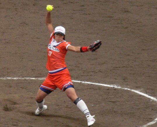 この画像は、サイトの記事「ソフトボール 女子 ピッチング ネットや部活・クラブで話題 YouTube注目無料視聴動画ご紹介!」のイメージ写真画像として利用しています。